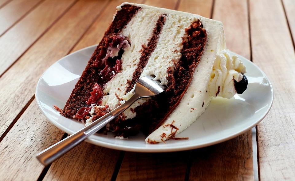ケーキだって食べ放題!都内のビュッフェスタイルが人気のレストランのサムネイル画像