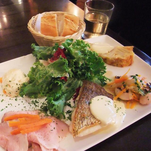 上野のランチはココでキマリ!おしゃれで美味しいランチのお店7選のサムネイル画像