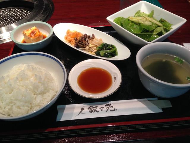 東京の有名焼肉レストランのお得なランチ<叙々苑ランチ>店舗比較。のサムネイル画像
