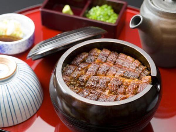 名古屋城 ランチは味噌カツだけじゃありません!色々あります♪のサムネイル画像