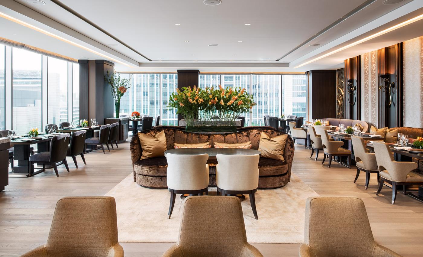 あなたは誰と行く?特別な時間が過ごせる東京のホテルランチ7選のサムネイル画像