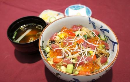 仙台で味わいたいっ♡仙台の厳選おすすめ海鮮丼スポット4選!のサムネイル画像