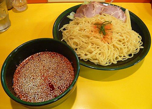 辛味と旨味が夏には最高!広島発の新たな麺文化・広島つけ麺のサムネイル画像