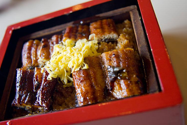 柳川に行ったら必ず食べたい!柳川市の絶品うなぎの名店をご紹介!のサムネイル画像