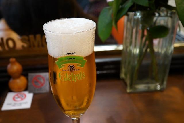 今日はビールで乾杯♪新宿駅周辺で美味しいビールが堪能できお店!のサムネイル画像