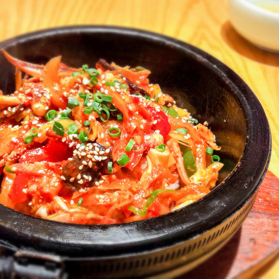 巷で流行りの韓国料理!有楽町で美味しい韓国料理を食べつくそう!!のサムネイル画像