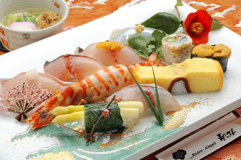 あなたはどれを選ぶ?海の幸がおいしい佐伯寿司をご紹介します。のサムネイル画像