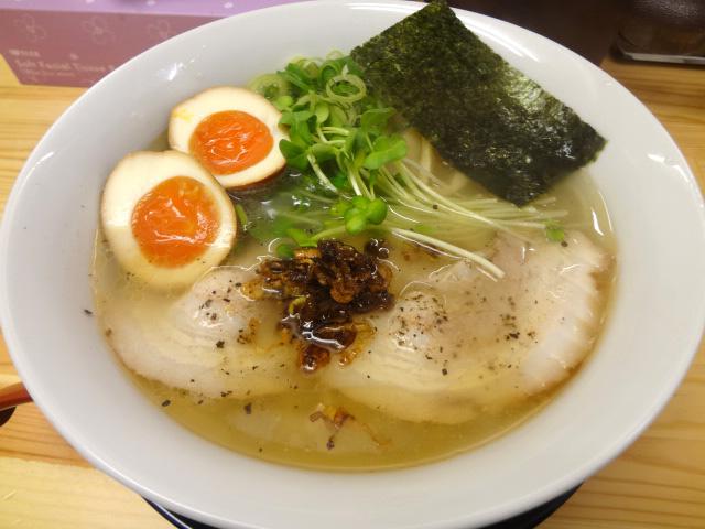 大阪梅田でラーメンを食べるならここ!梅田で人気のラーメン店!のサムネイル画像