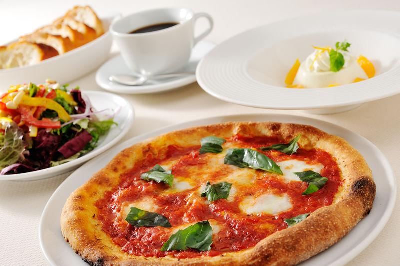 今日は何食べよう♪センター北のおすすめランチをご紹介します!のサムネイル画像