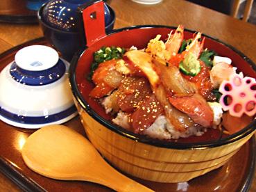 美味しい海鮮たくさん!!淡路島でオススメの美味しい海鮮丼のサムネイル画像