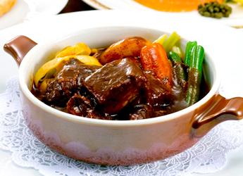 とろとろお肉のビーフシチューを鎌倉で味わおう!おすすめ店4選!のサムネイル画像