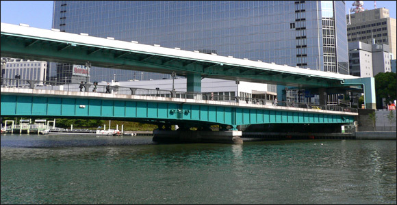 大阪のあの天満橋で、人気のラーメン屋さんを5つご紹介します♪のサムネイル画像