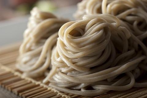 梅田でおそばを食べよう♡梅田で行きたいおすすめおそば店4選!のサムネイル画像