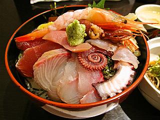 新鮮な海の幸が満載!!淡路島で食べられる美味しい海鮮のお店のサムネイル画像