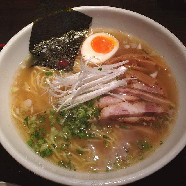 駒沢に訪れたら外せない!駒沢で人気でオススメのラーメン店のサムネイル画像