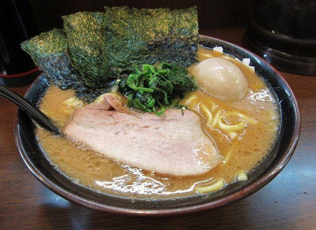 昭和の森へ最寄りの昭島駅で、美味しいラーメンが食べられるお店!のサムネイル画像