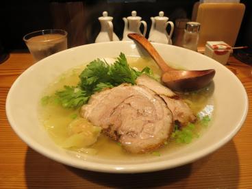 横浜のラーメン激戦区!元町のおいしいラーメンを頂きましょうのサムネイル画像