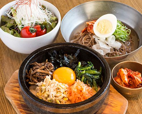 リピーター間違いなし!新宿にある美味しい韓国料理屋6選!のサムネイル画像