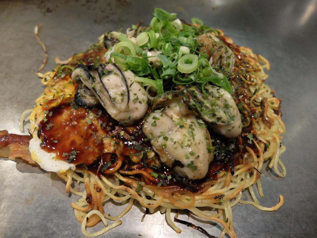 広島のランチと言ったら!絶品の広島風お好み焼きが食べられるお店のサムネイル画像