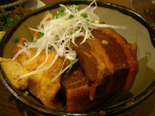 沖縄料理だけじゃもったいない!沖縄に行ったら肉グルメも楽しもう!のサムネイル画像