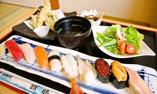 観光におすすめ♪苫小牧ならではの絶品ランチが食べられるお店6選のサムネイル画像