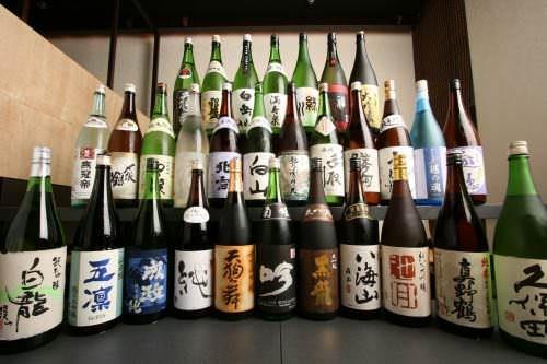 新宿エリア!駅近ごとにご紹介します!美味しい日本酒専門店厳選のサムネイル画像