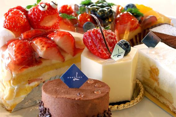 美味しいケーキ食べ放題!ケーキと癒しを求めて食べ放題のお店紹介!のサムネイル画像
